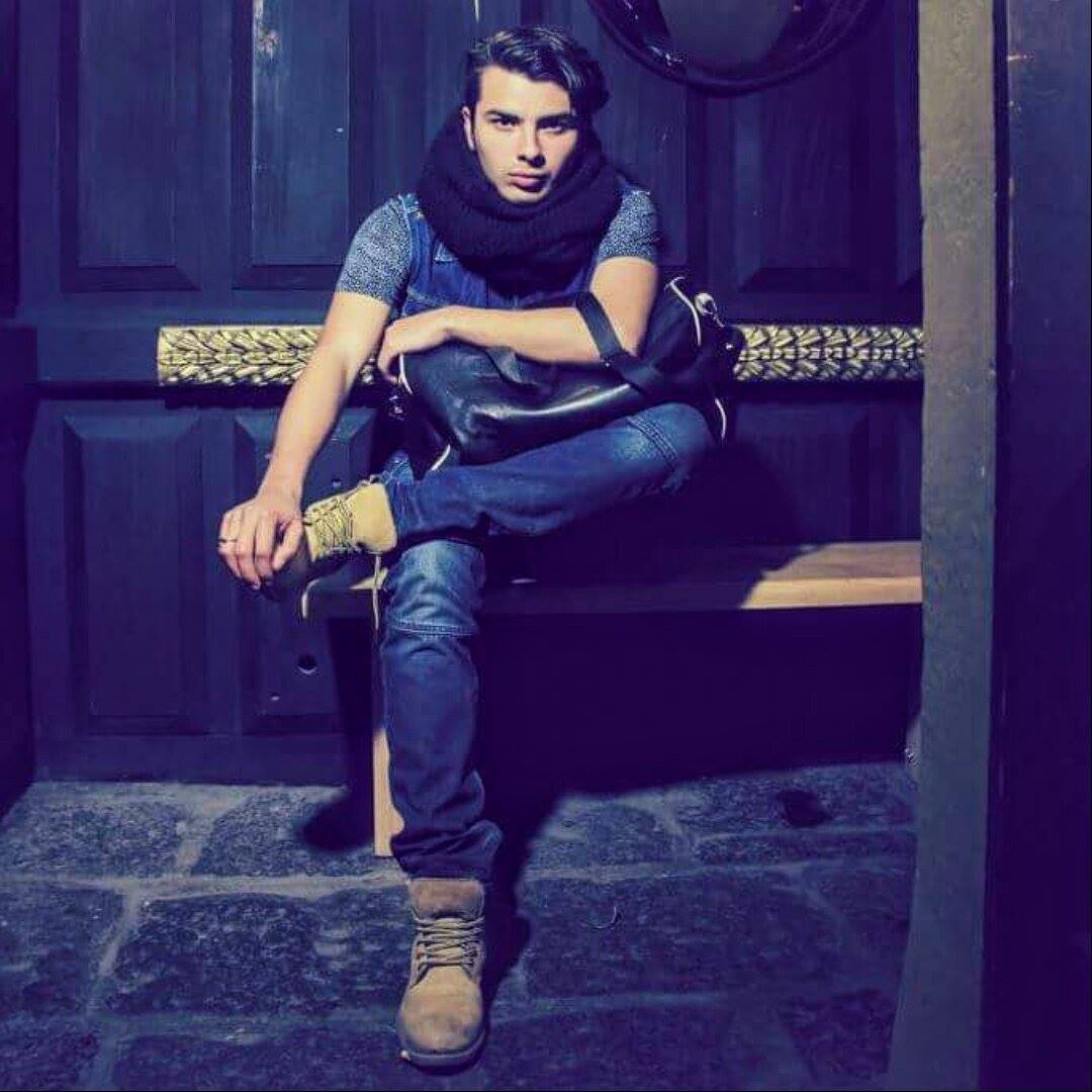 PREMIERE -Javier Busto – Jolz (Ands Mega Remix) (Logical Records)