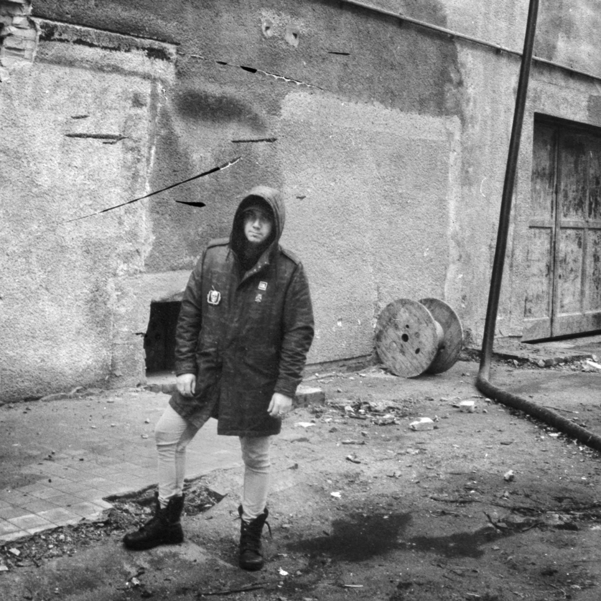 PREMIERE – Alessandro Adriani – Blood Runs Down (Minimal Rome)
