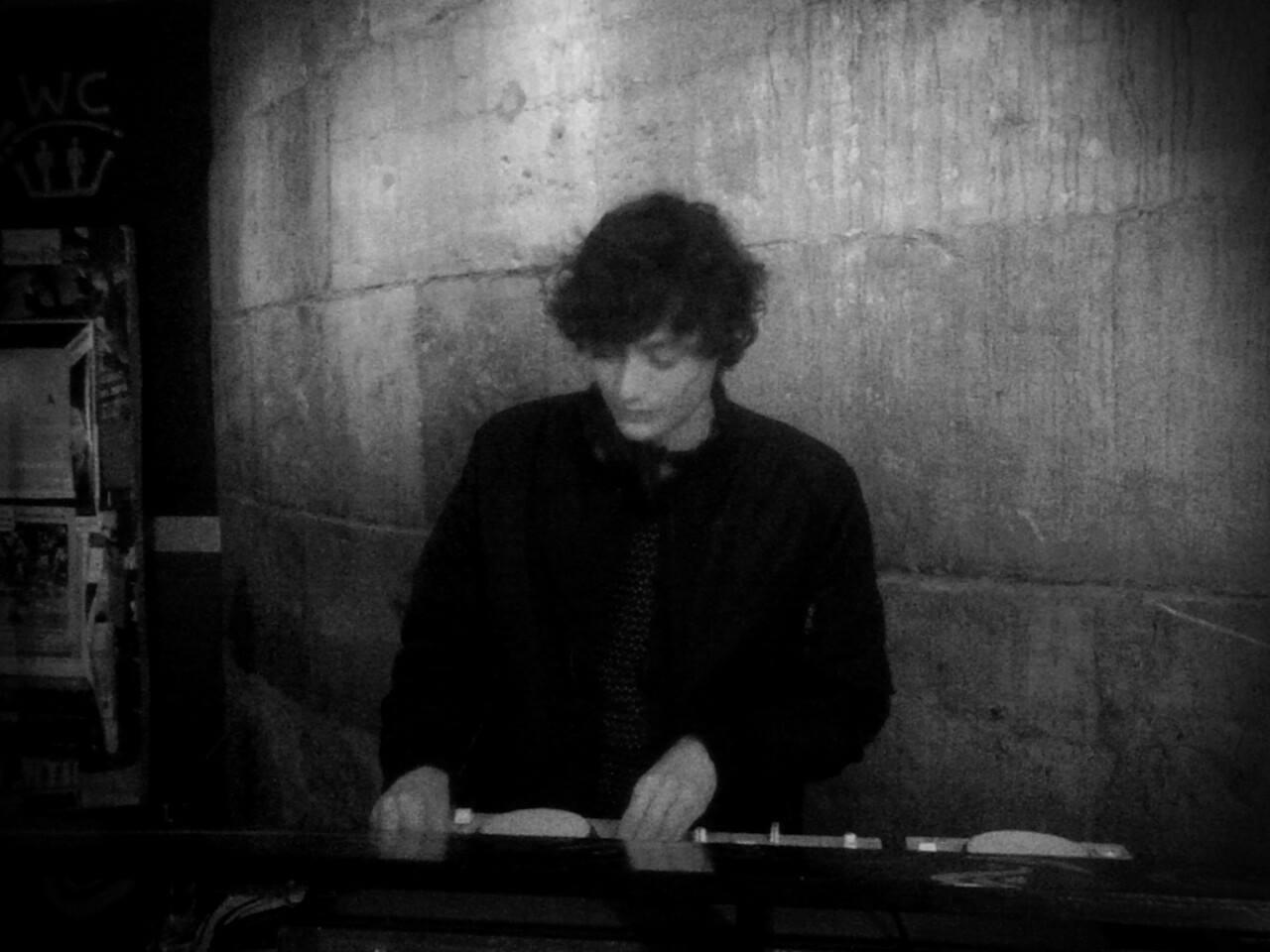 PREMIERE – Connor – Stratos (Nein Records)